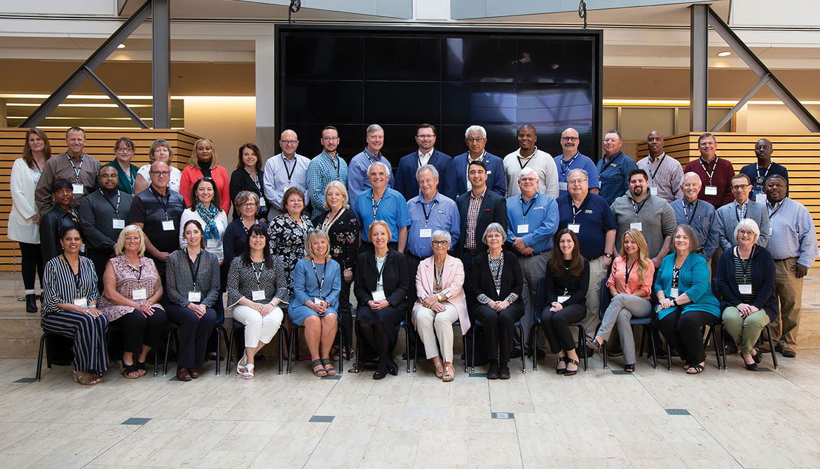 class photo of the 2019 Governance Leadership Institute attendees