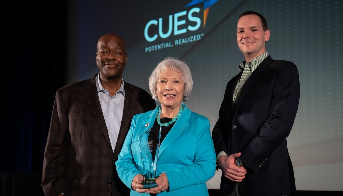 Linda Medina is named the 2019 CUES Distinguished Director at Directors Conference