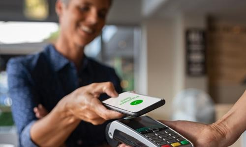 contactless payment with smartphone