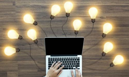 laptop with lightbulbs