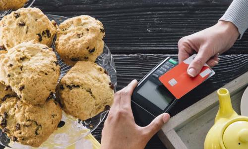 contactless card payment in bakery